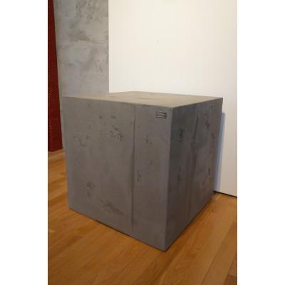 Table cube